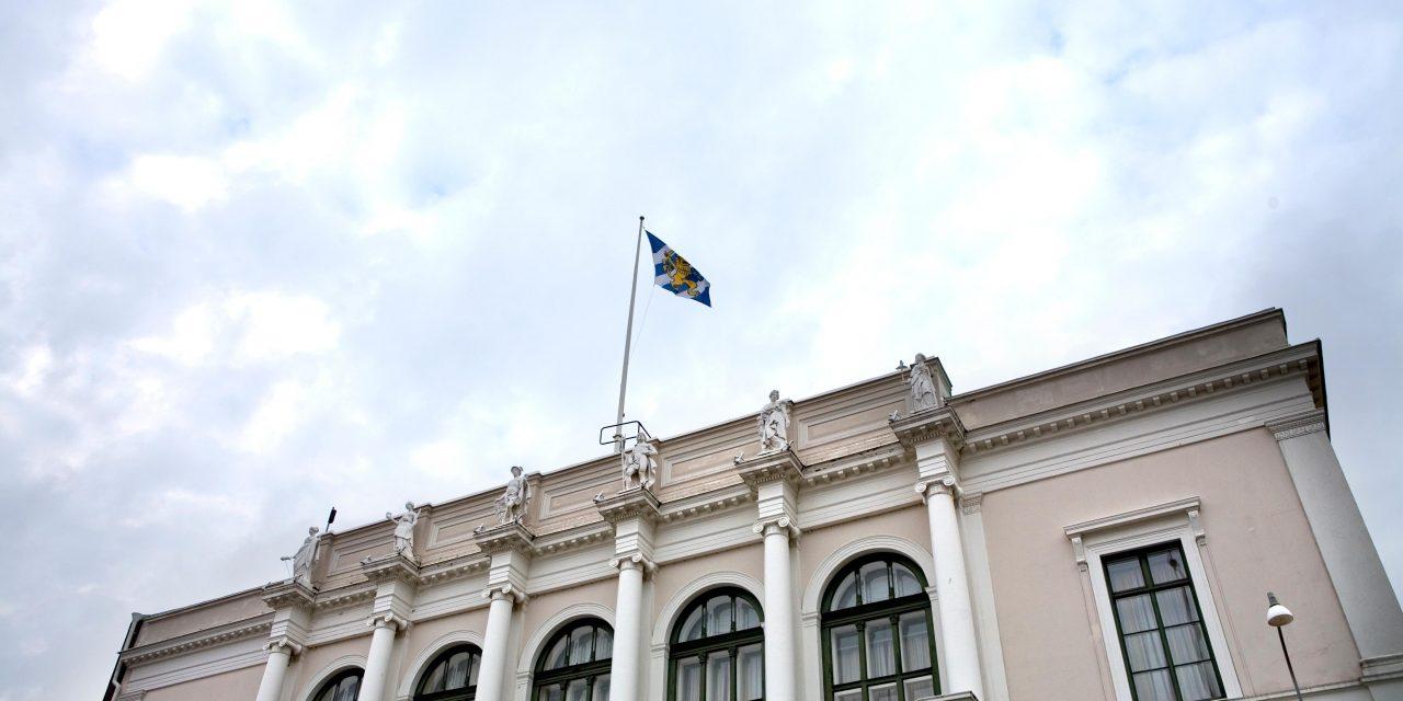 Një gabim nga komuna Gothenburgut u ka dhënë politikanëve 28,840 SEK shumë në tarifa.