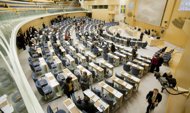 Vaksina kundër covid19 falas në Suedi